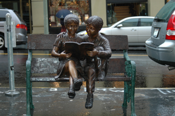 """""""Niños leyendo en San Francisco, Estados Unidos"""""""